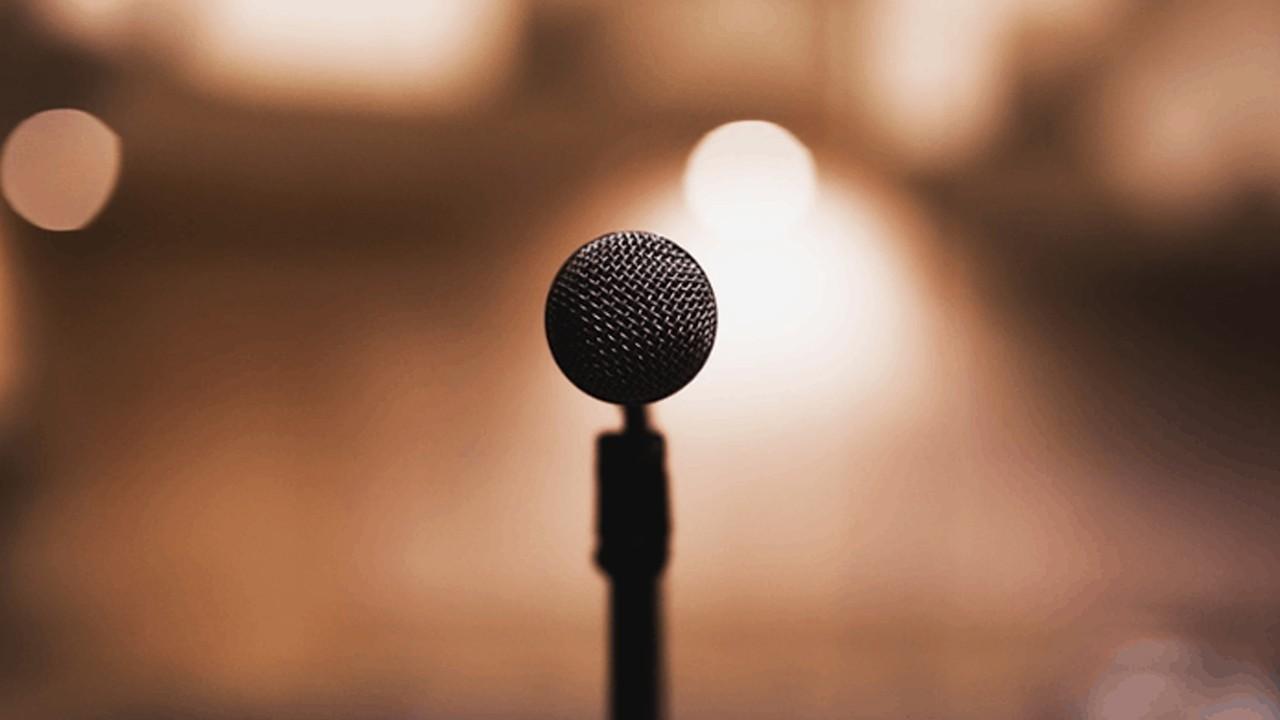 میکروفون یقه ای پادکست